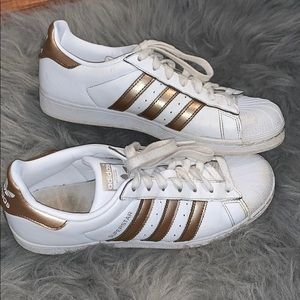 Adidas White/Gold Sneakers